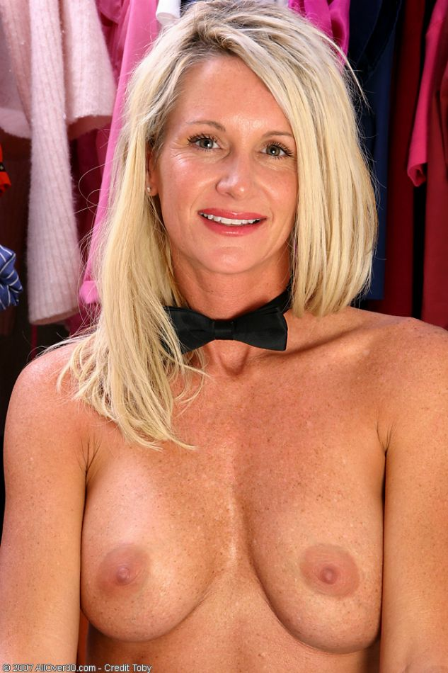 Mature moms pic galleries