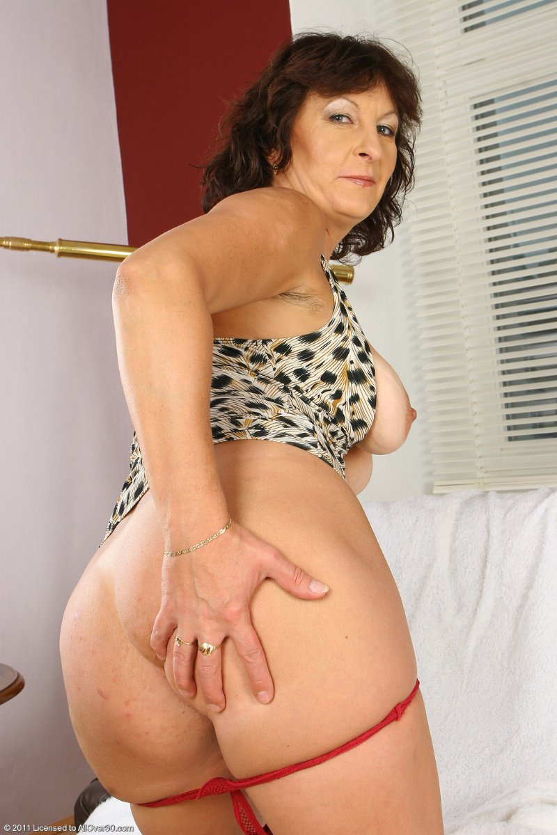 Fat hairy matures free porn