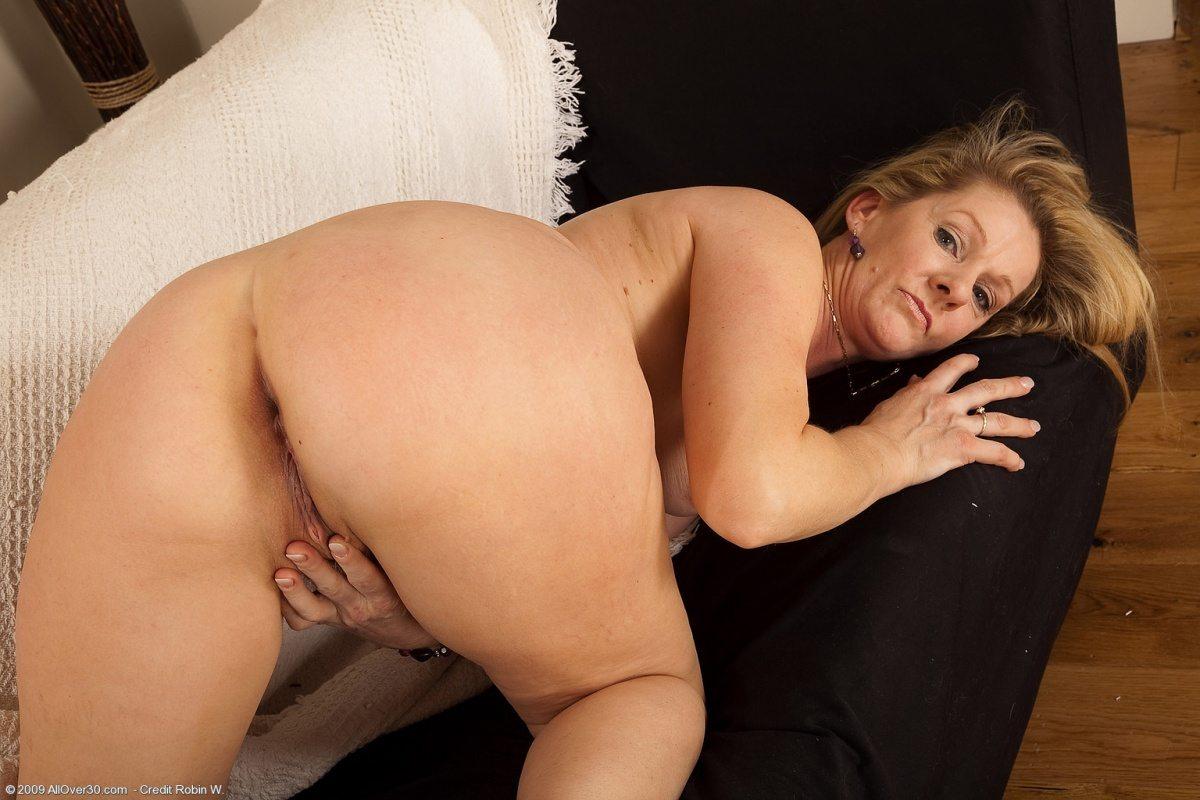Huge tit boob breast