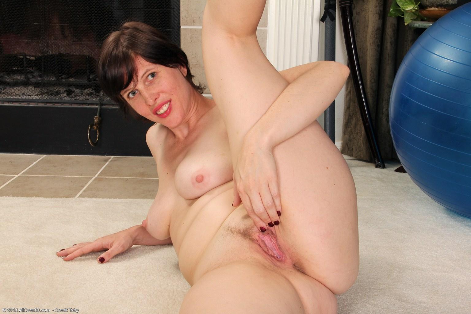 Granny big tits photos
