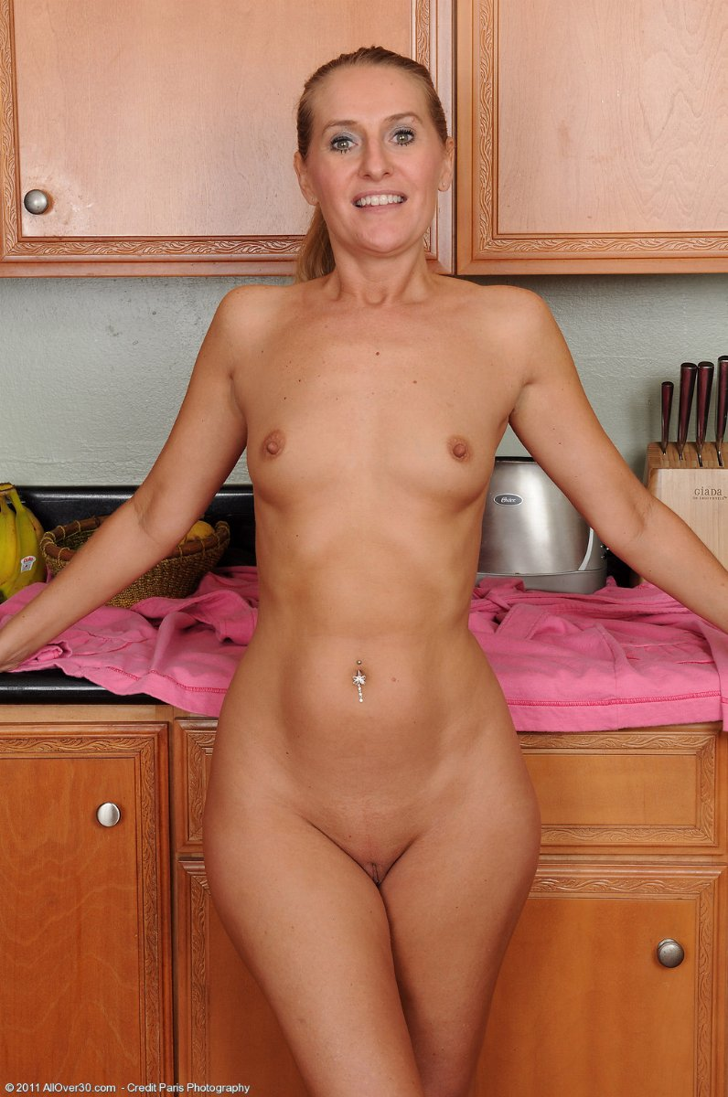 Ao Free Com For More Free Mature Photo Sets Mature Movies Now