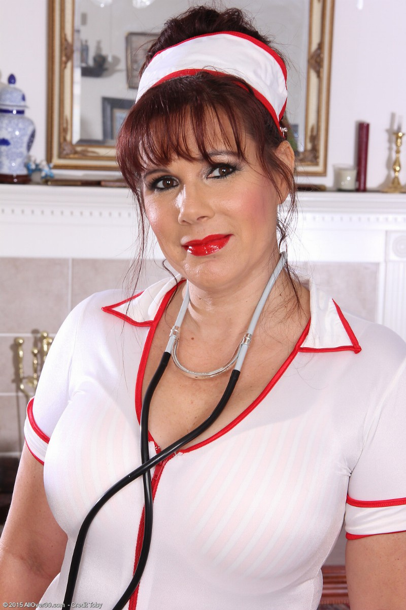 nurse-sex-mature