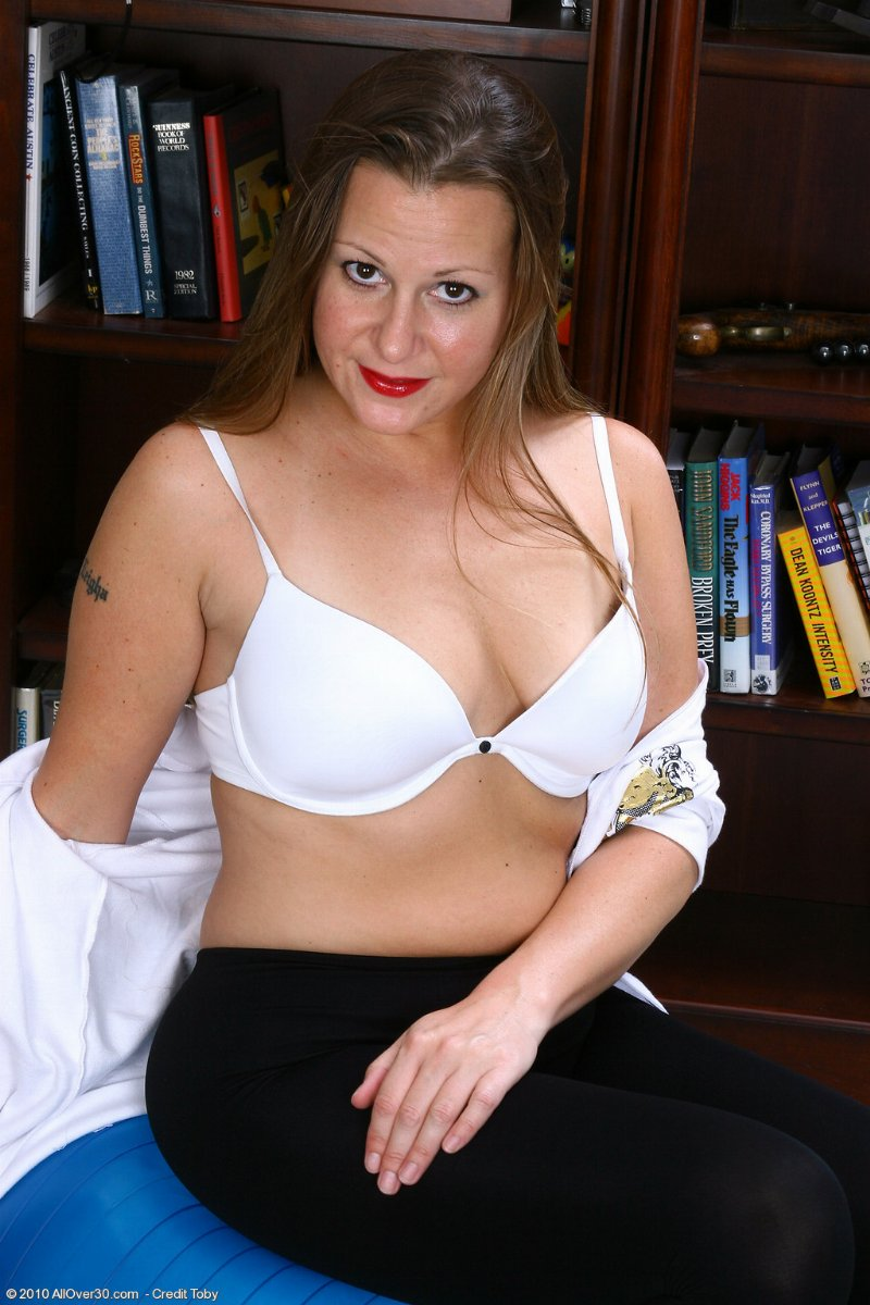goodview mature personals Meet senior singles in goodview, virginia - 100% free: welcome to datehookupcom we're 100% free for everything, meet single seniors in goodview today don't pay for a goodview senior dating site, meet mature singles here for free meet goodview seniors: i'm a looking for a between.