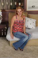 Sydney Rae Blond MILF