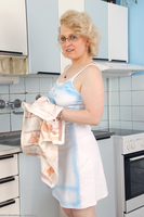 Margeaux Kitchen Wife