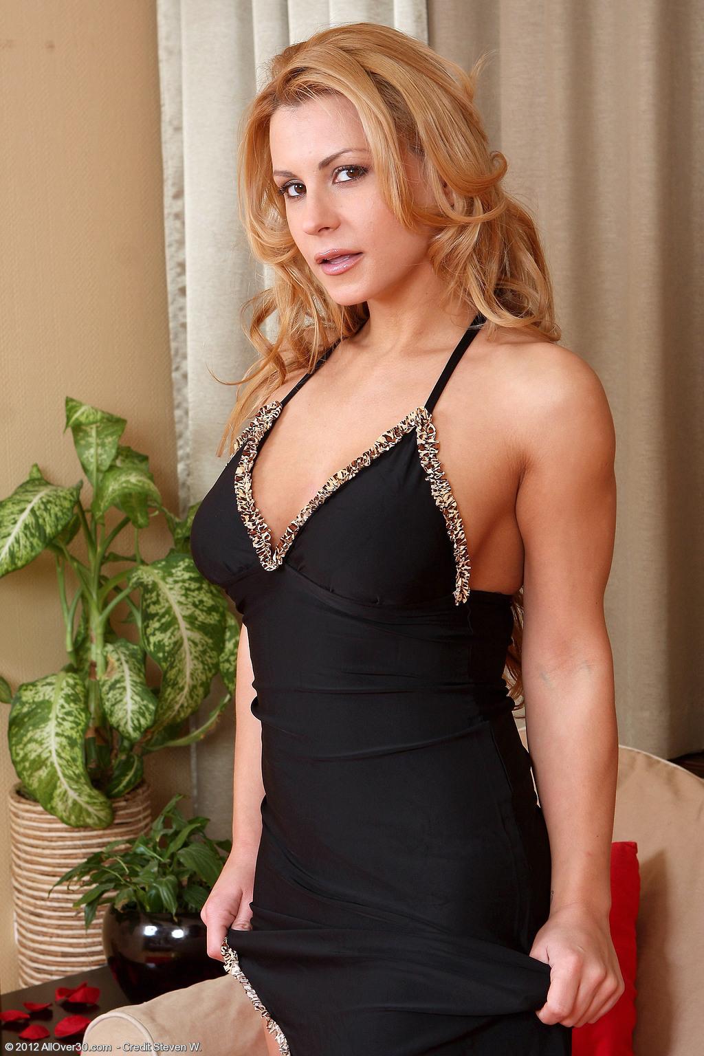 Paparazzi Porno Dorothy Gould  nudes (45 foto), iCloud, braless