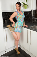 Amber Kitchen Nudity