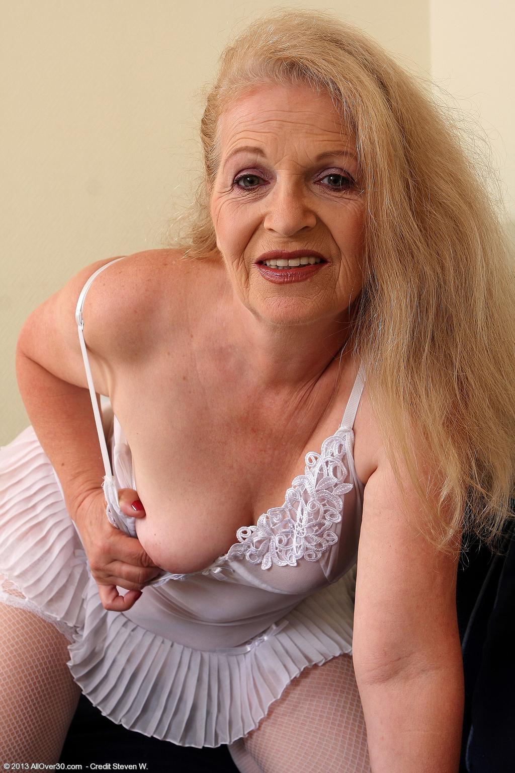 Yo nude 50 mature