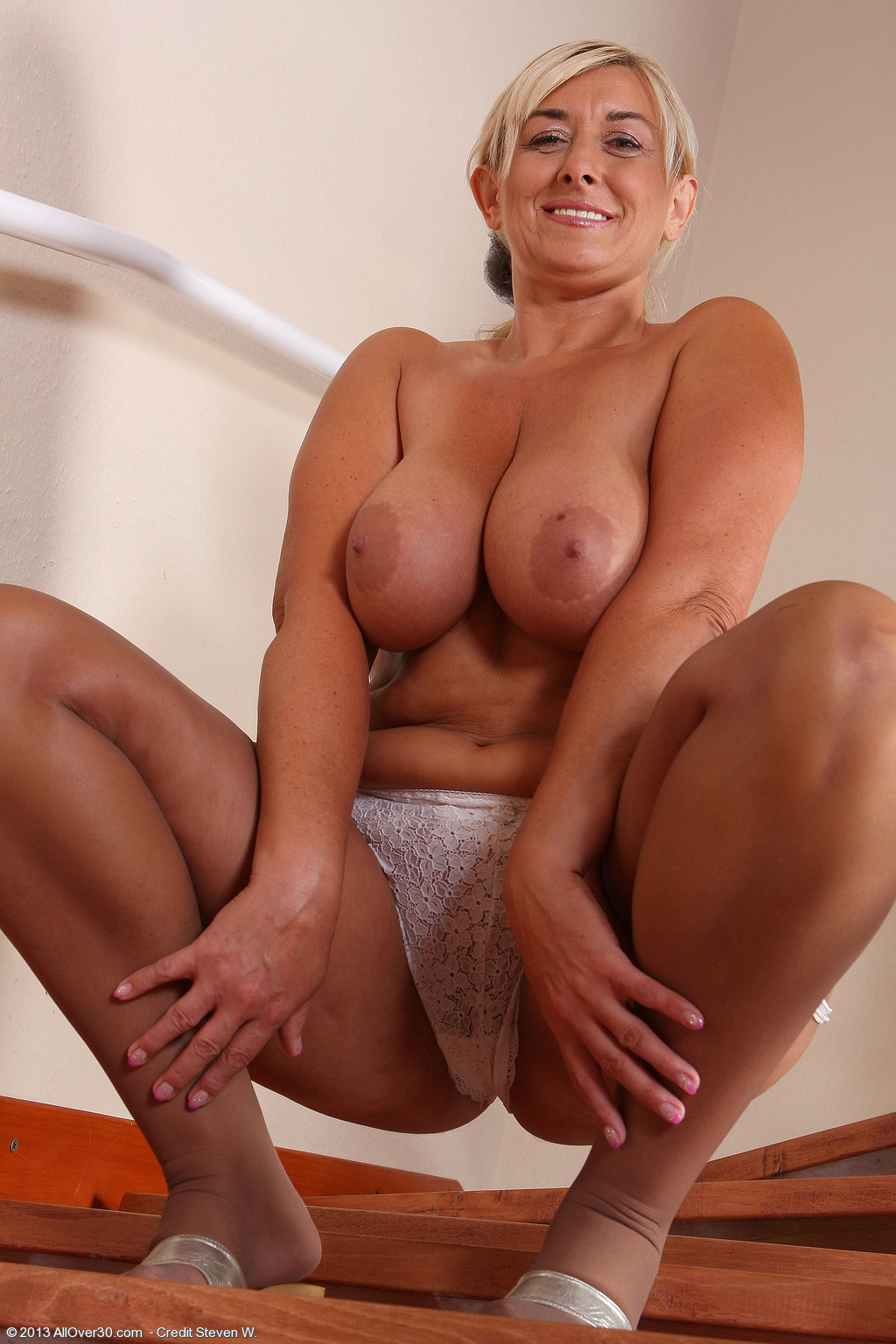 Fresh Mature Thumbs - the best collection of mature porn