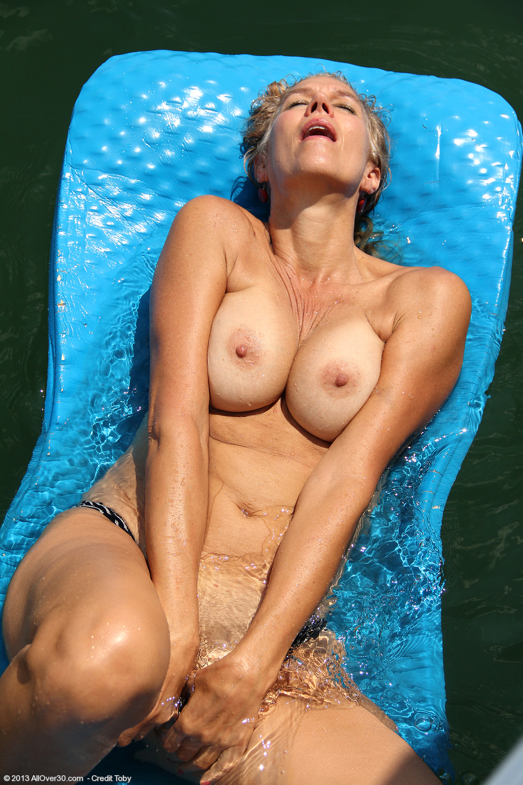 Sabrina naked