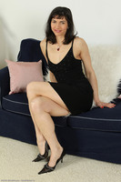 Mona Long Mature Legs