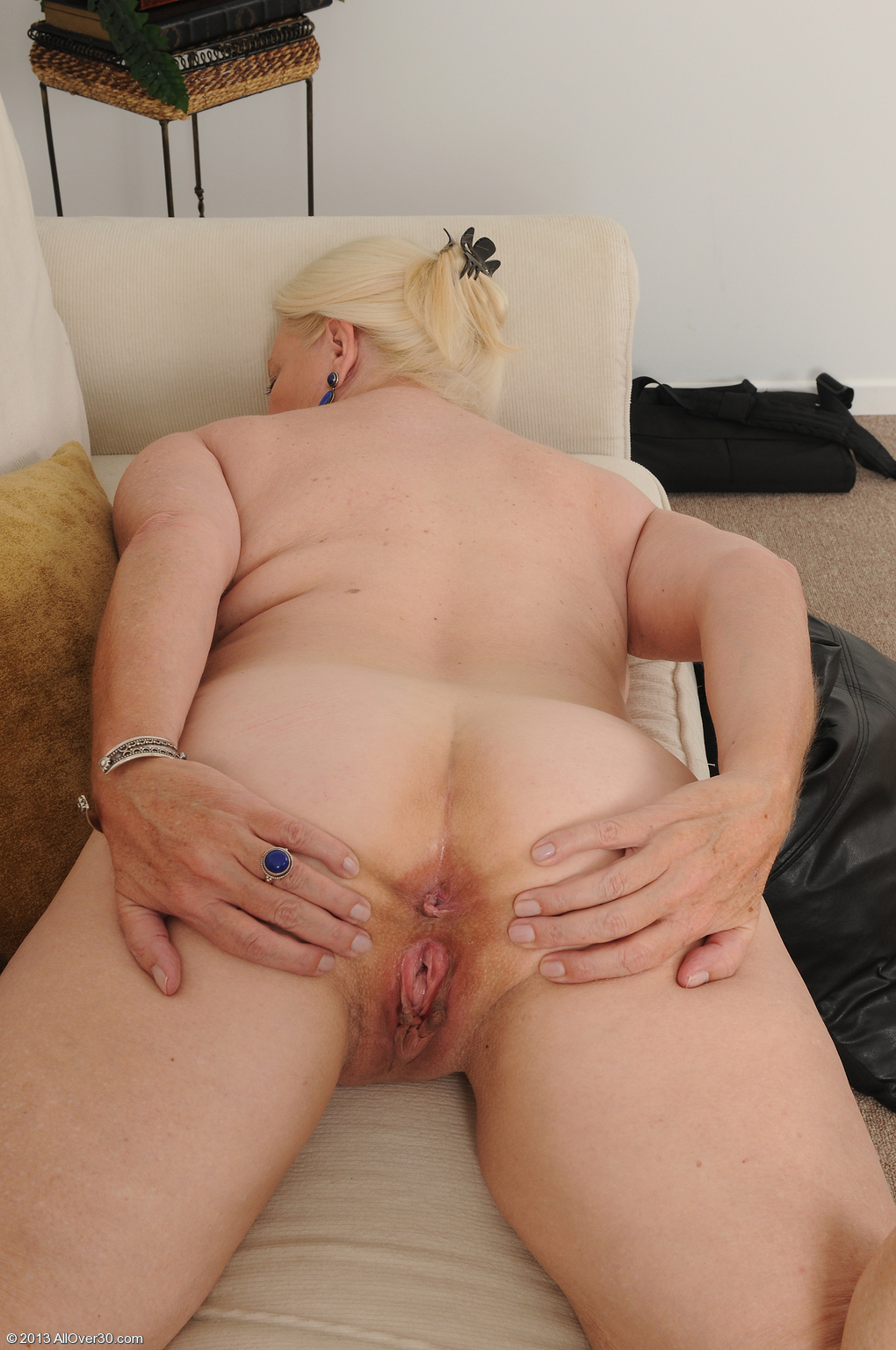 A rate grannys nude thanks