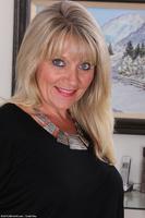 Blonde Wife Sherri Donovan