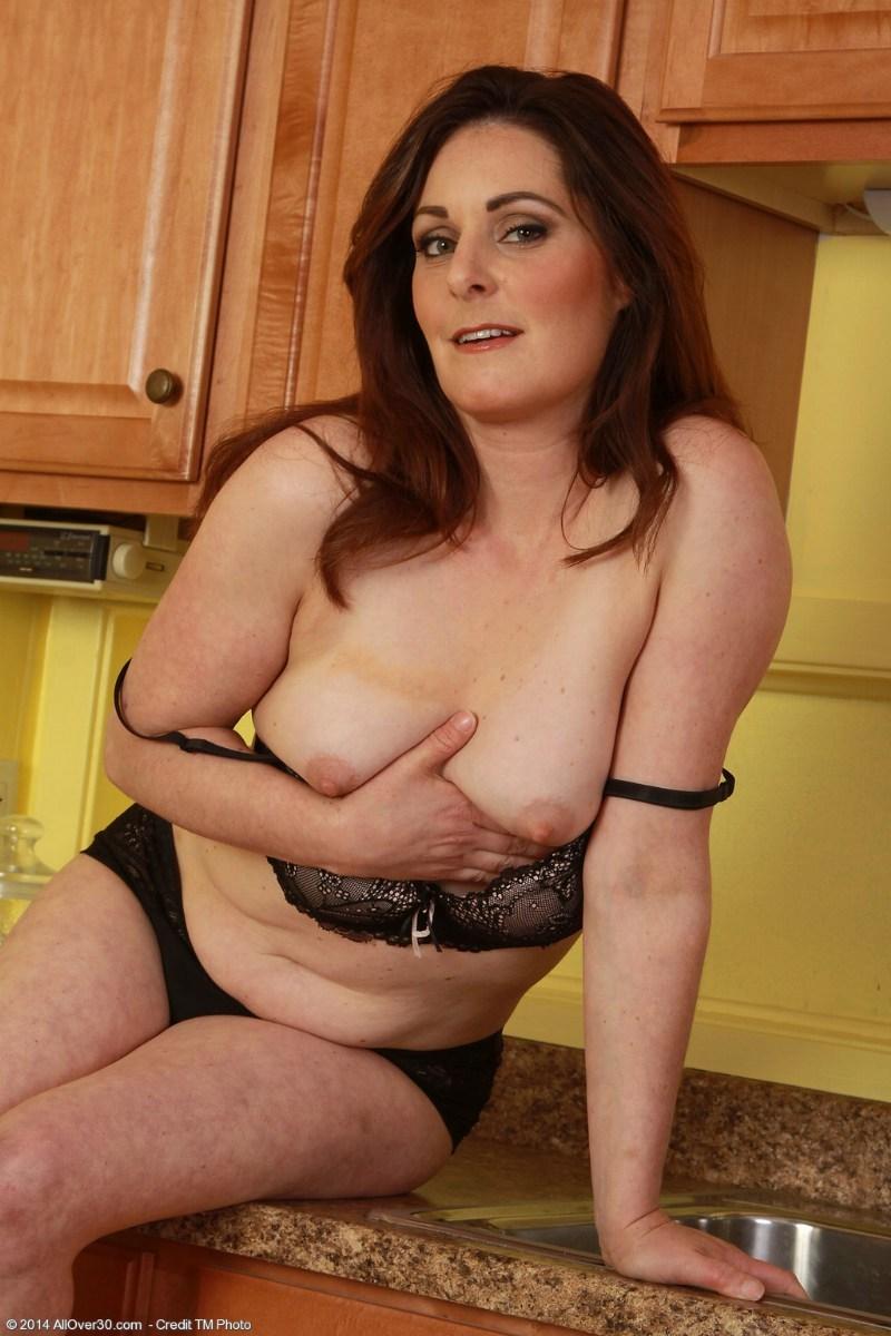 nude mature redhead wife
