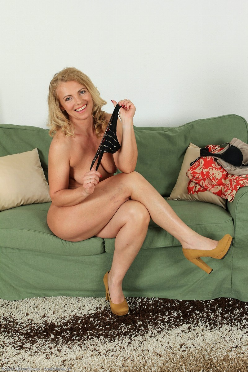 Topless housewife