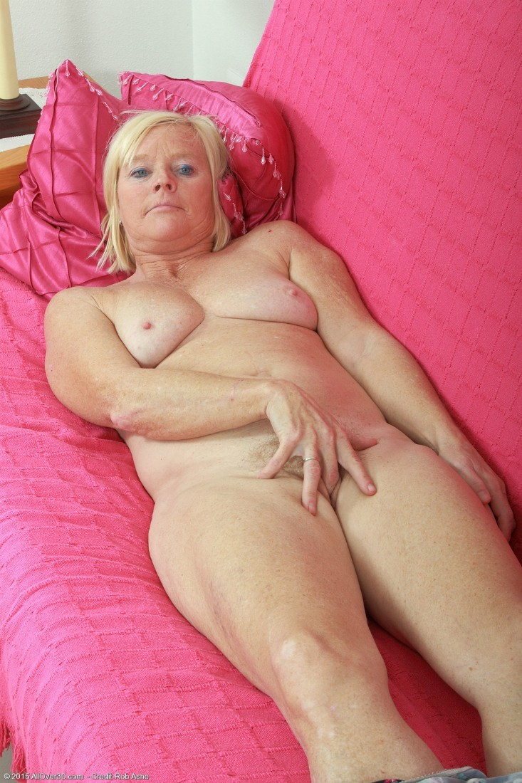 30 year old blonde hairy pussy the life