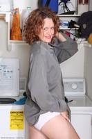 Roxanne Naked Laundry