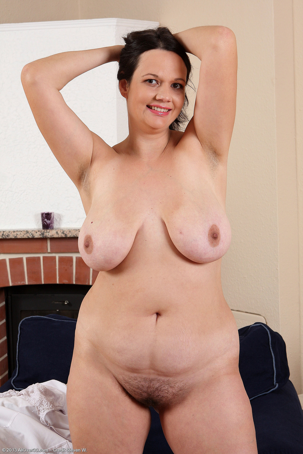 rea hairy curvy milf at allover30 free