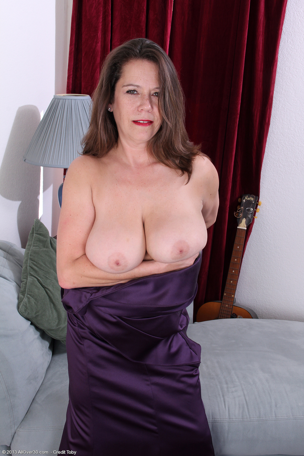 66 year old slut linda - 1 6