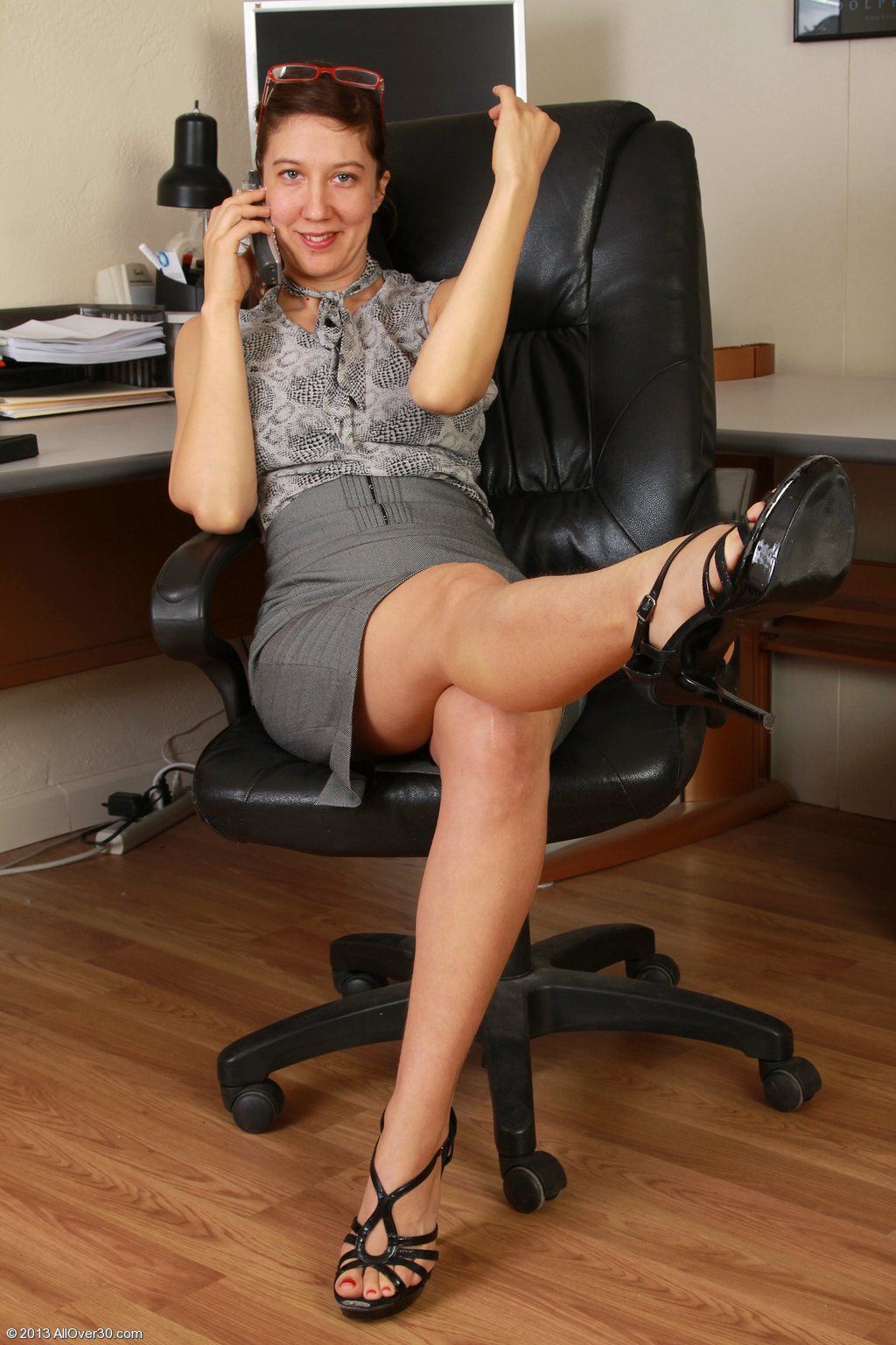 image Mature office fuck with vanessa videl