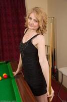 Isabella Naked Snooker