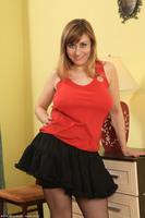 Curvy Wife Milena