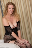 Older Cougar Lacy F In Black Lingerie